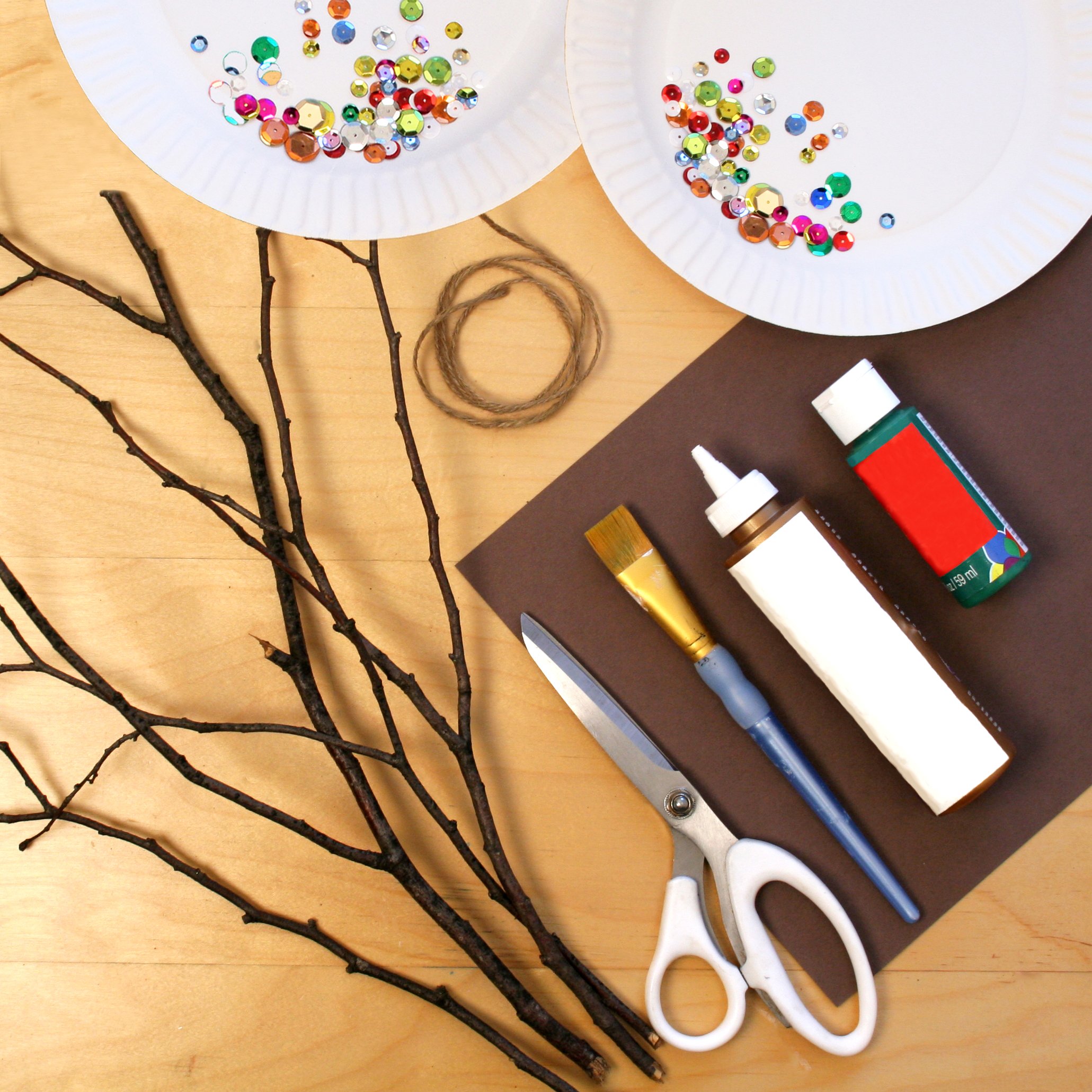 Christmas tree ornament craft materials