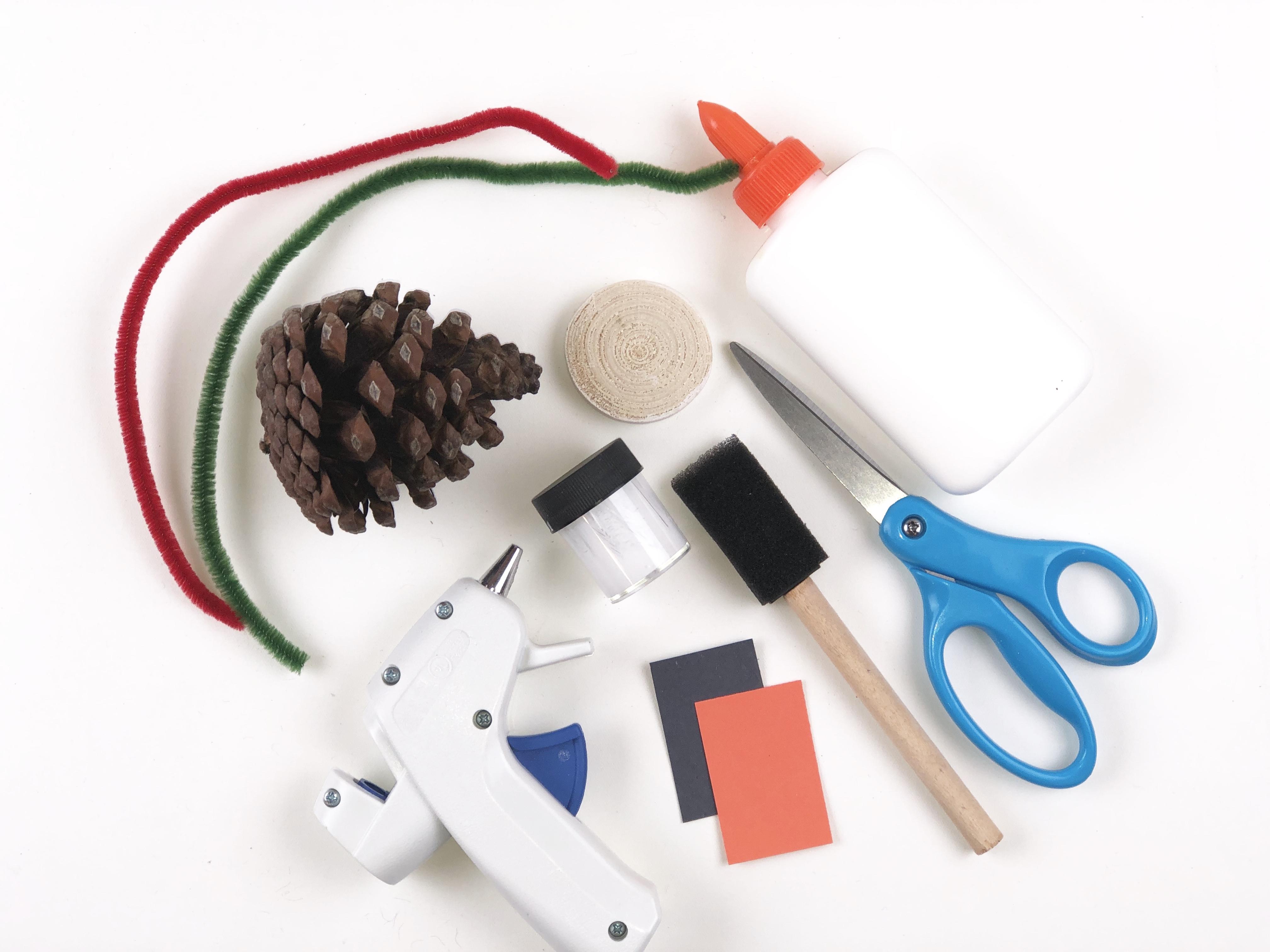 Pine Cone Snowman Craft materials
